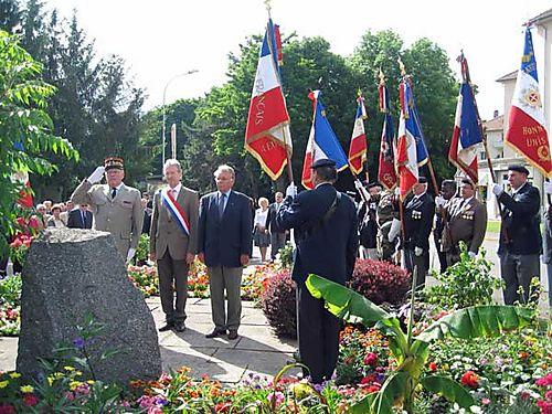 Souvenir-français-310508-04